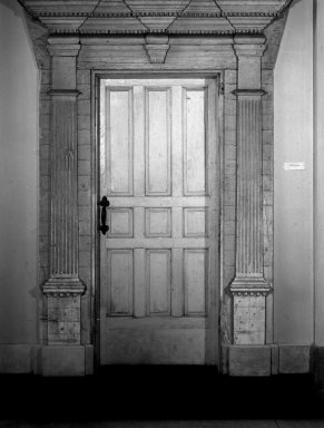 American. <em>Doorway</em>, 18th century., frame all over: 114 x 78 1/2 in. (289.6 x 199.4 cm). Brooklyn Museum, Henry L. Batterman Fund, 35.1835. Creative Commons-BY (Photo: Brooklyn Museum, 35.1835_acetate_bw.jpg)