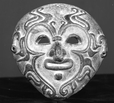 Bahía. <em>Mask</em>, 500 B.C.E.-500 C.E. Ceramic, 5 3/8 x 5 1/8 in.  (13.7 x 13.0 cm). Brooklyn Museum, Charles Stewart Smith Memorial Fund, 35.1860. Creative Commons-BY (Photo: Brooklyn Museum, 35.1860_view1_acetate_bw.jpg)