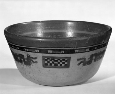Maya. <em>Bowl</em>. Ceramic, pigment Brooklyn Museum, A. Augustus Healy Fund, 35.1887. Creative Commons-BY (Photo: Brooklyn Museum, 35.1887_view1_bw.jpg)