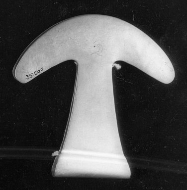 <em>Depilator</em>. Gold Brooklyn Museum, Alfred W. Jenkins Fund, 35.509. Creative Commons-BY (Photo: Brooklyn Museum, 35.509_acetate_bw.jpg)