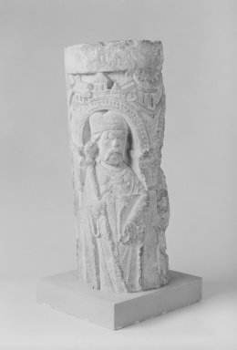 Unknown. <em>Romanesque Column</em>, 12th century. Limestone, 18 11/16 x 6 11/16 x 8 1/4 in. (47.5 x 17 x 21 cm). Brooklyn Museum, A. Augustus Healy Fund, 36.215. Creative Commons-BY (Photo: Brooklyn Museum, 36.215_left_bw_SL1.jpg)