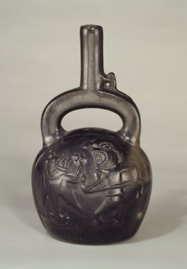 Chimú. <em>Stirrup Spout Bottle with Fishing Scene</em>, 1100-1470. Ceramic, 10 x 6 x 5 in. (25.4 x 15.2 x 12.7 cm). Brooklyn Museum, Gift of Mrs. Eugene Schaefer, 36.313. Creative Commons-BY (Photo: Brooklyn Museum, 36.313.jpg)