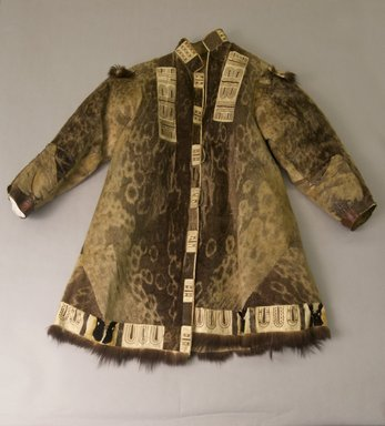 Inupiaq Eskimo. <em>Summer Coat</em>, 1900-1930. Sealskin, wolverine fur, eider down duck feathers, hide, sinew, thread, 42 1/2 x 36 or (108.5 x 150.0 cm). Brooklyn Museum, Frank L. Babbott Fund, 36.43. Creative Commons-BY (Photo: Brooklyn Museum, 36.43_front_PS5.jpg)