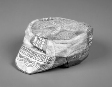 Inupiaq Eskimo. <em>Summer Cap with elaborate design</em>, ca. 1915. Hide, fur, 8 1/2 x 6 3/4 x 3 1/2 in. or (27.0 x 17.0 cm). Brooklyn Museum, Frank L. Babbott Fund, 36.46. Creative Commons-BY (Photo: Brooklyn Museum, 36.46_bw.jpg)