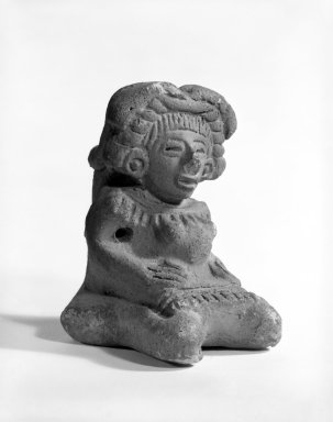 Aztec. <em>Seated Figure of Woman</em>. Ceramic, 1 7/8 × 1 3/4 in. (4.7 × 4.5 cm). Brooklyn Museum, Carll H. de Silver Fund, 36.600. Creative Commons-BY (Photo: Brooklyn Museum, 36.600_bw.jpg)