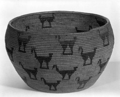 Native American (California). <em>Basket</em>. Fiber, 5 1/16 x 7 7/8 in.  (12.8 x 20.0 cm). Brooklyn Museum, Gift of Mrs. Frederic B. Pratt, 37.176. Creative Commons-BY (Photo: Brooklyn Museum, 37.176_view1_bw.jpg)