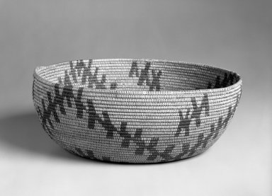 Possibly Yokuts. <em>Basketry Bowl</em>, first quarter 20th century. Fiber, height: 4 1/4 in. (10.7 cm). Brooklyn Museum, Gift of Mrs. Frederic B. Pratt, 37.186. Creative Commons-BY (Photo: Brooklyn Museum, 37.186_bw.jpg)