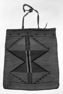 Nez Perce. <em>Bag</em>. Indian hemp of Vaposinem fiber, corn husk, 11 1/4 x 10 1/4in. (28.5 x 26cm). Brooklyn Museum, Gift of Mrs. Frederic B. Pratt, 37.189. Creative Commons-BY (Photo: Brooklyn Museum, 37.189_bw.jpg)