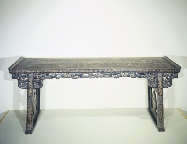 <em>Altar Table</em>, ca. 1600; 18th-century (restoration). Lacquered wood, inlaid with mother-of-pearl, 34 3/4 x 25 3/16 x 86 5/8 in. (88.2 x 64 x 220 cm). Brooklyn Museum, Brooklyn Museum Collection, 37.213. Creative Commons-BY (Photo: Brooklyn Museum, 37.213.jpg)