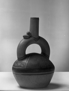 Chimú. <em>Bottle</em>. Ceramic, pigment, 6 1/2 × 4 × 3 3/4 in. (16.5 × 10.2 × 9.5 cm). Brooklyn Museum, Frank Sherman Benson Fund and the Henry L. Batterman Fund, 37.2638PA. Creative Commons-BY (Photo: Brooklyn Museum, 37.2638PA_acetate_bw.jpg)