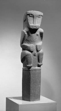 <em>Grave Marker with Seated Monkey Figure</em>. Volcanic stone, 52 1/4 x 8 x 8 in.  (132.7 x 20.3 x 20.3 cm). Brooklyn Museum, Frank Sherman Benson Fund and the Henry L. Batterman Fund, 37.2894PAa-c. Creative Commons-BY (Photo: Brooklyn Museum, 37.2894PAa-c_threequarter_right_acetate_bw.jpg)