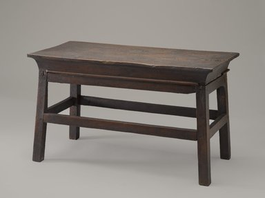 <em>Table</em>, ca. 1539-1292 B.C.E. Wood, 12 x 10 x 20 5/8 in. (30.5 x 25.4 x 52.4 cm). Brooklyn Museum, Charles Edwin Wilbour Fund, 37.41E. Creative Commons-BY (Photo: Brooklyn Museum, 37.41E_PS9.jpg)
