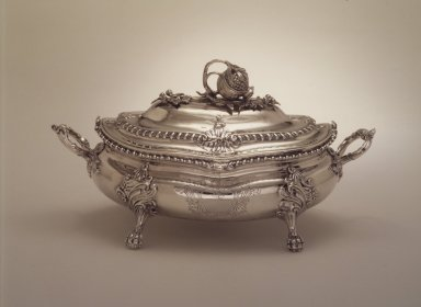 <em>Soup Tureen</em>, 1762-1763. Silver, 8 11/16 x 6 7/8 x 15 3/16 in. (22 x 17.5 x 38.5 cm). Brooklyn Museum, Gift of George Foster Peabody, 37.491. Creative Commons-BY (Photo: Brooklyn Museum, 37.491.jpg)