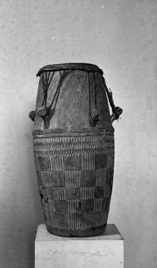 Fante. <em>Ceremonial Drum</em>, late 19th or early 20th century. Wood, (78.0 x 37.0 cm). Brooklyn Museum, A. Augustus Healy Fund, 38.10. Creative Commons-BY (Photo: Brooklyn Museum, 38.10_acetate_bw.jpg)