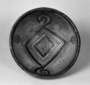 <em>Wide-mouthed Bowl</em>. Clay Brooklyn Museum, Museum Expedition 1938, Dick S. Ramsay Fund, 38.578. Creative Commons-BY (Photo: Brooklyn Museum, 38.578_acetate_bw.jpg)