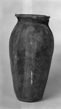 Quimbaya. <em>Tall Vase</em>. Clay Brooklyn Museum, Museum Expedition 1938, Dick S. Ramsay Fund, 38.585. Creative Commons-BY (Photo: Brooklyn Museum, 38.585_acetate_bw.jpg)