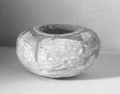 Southwest (unidentified). <em>Small Bowl</em>. Clay, slip, 1 15/16 x 3 5/16 x 3 5/16 in. (5 x 8.4 x 8.4 cm). Brooklyn Museum, Gift of Peter Steckler, 38.5. Creative Commons-BY (Photo: Brooklyn Museum, 38.5_acetate_bw.jpg)