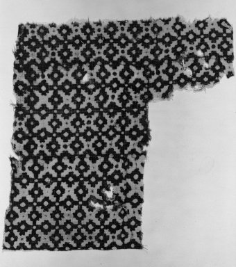 <em>Egypto-Arabic Textile found in Egypt</em>, 12th-15th century. Block-printed cotton, 14 3/4 x 11 1/4 in. (37.5 x 28.5 cm). Brooklyn Museum, Charles Edwin Wilbour Fund, 38.841. Creative Commons-BY (Photo: Brooklyn Museum, 38.841_acetate_bw.jpg)