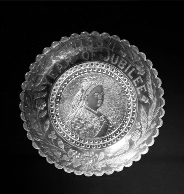 <em>Bowl</em>, 1887. Glass, 1 5/8 x 8 3/4 in. (4.1 x 22.2 cm). Brooklyn Museum, Gift of Mrs. William Greig Walker by subscription, 40.198. Creative Commons-BY (Photo: Brooklyn Museum, 40.198_bw.jpg)
