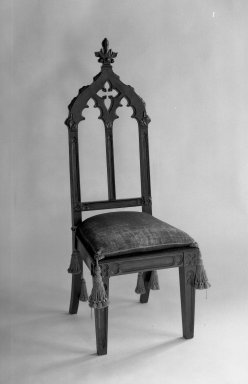 American. <em>Victorian Hall Chair</em>, 1856. Mahogany, 55 1/4 x 20 1/4 x 19 in. (140.3 x 51.4 x 48.3 cm). Brooklyn Museum, Dick S. Ramsay Fund, 40.554. Creative Commons-BY (Photo: Brooklyn Museum, 40.554_acetate_bw.jpg)