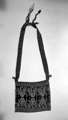 Huichol (Wixárika). <em>Large Shoulder Bag</em>. Woven wool & cotton Brooklyn Museum, Ella C. Woodward Memorial Fund, 40.743. Creative Commons-BY (Photo: Brooklyn Museum, 40.743_bw.jpg)