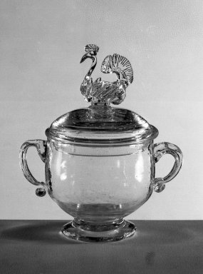 American. <em>Sugar Bowl and Cover</em>, 18th century. Glass, 7 7/8 x 6 5/8 in. (20 x 16.8 cm). Brooklyn Museum, Dick S. Ramsay Fund, 40.7a-b. Creative Commons-BY (Photo: Brooklyn Museum, 40.7a-b_acetate_bw.jpg)