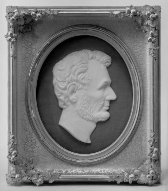 C.N. Pike (American). <em>Profile of Abraham Lincoln</em>, 1871. Marble, gold frame under glass, frame: 24 1/4 x 21 1/8 in. (61.6 x 53.7 cm). Brooklyn Museum, Dick S. Ramsay Fund, 40.946. Creative Commons-BY (Photo: Brooklyn Museum, 40.946_acetate_bw.jpg)