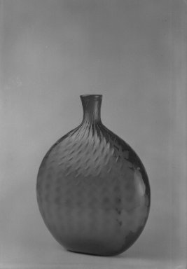 American. <em>Flask</em>. Glass Brooklyn Museum, Dick S. Ramsay Fund, 40.98. Creative Commons-BY (Photo: Brooklyn Museum, 40.98_acetate_bw.jpg)