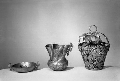 <em>Basket of Openwork</em>, 18th century. Silver, gilt, 7 1/16 x 5 in. (17.9 x 12.7 cm). Brooklyn Museum, Museum Expedition 1941, Frank L. Babbott Fund, 41.1275.221. Creative Commons-BY (Photo: , 41.1275.282_41.1275.245_41.1275.221_acetate_bw.jpg)