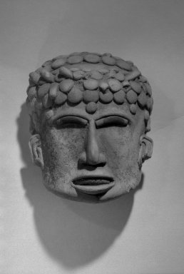 <em>Small Head</em>. Pottery Brooklyn Museum, A. Augustus Healy Fund, 41.226. Creative Commons-BY (Photo: Brooklyn Museum, 41.226_front_acetate_bw.jpg)