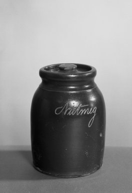 American. <em>Nutmeg Jar and Cover</em>. Earthenware Brooklyn Museum, Gift of Charles H. Wilmot, 41.696a-b. Creative Commons-BY (Photo: Brooklyn Museum, 41.696a-b_acetate_bw.jpg)