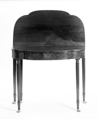 Duncan Phyfe (American, born Scotland, 1768-1854). <em>Card Table</em>, 1800-1820. Brooklyn Museum, Anonymous gift, 42.118.14. Creative Commons-BY (Photo: Brooklyn Museum, 42.118.14_open_bw.jpg)