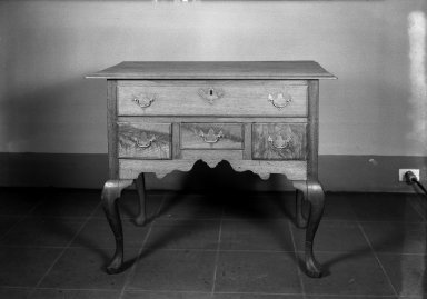 American. <em>Queen Anne Lowboy</em>. Walnut Brooklyn Museum, Anonymous gift, 42.118.1. Creative Commons-BY (Photo: Brooklyn Museum, 42.118.1_acetate_bw.jpg)