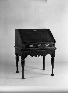 American. <em>Slant-top Desk</em>, 18th century. Walnut Brooklyn Museum, Gift of Mrs. Luke Vincent Lockwood, 42.176. Creative Commons-BY (Photo: Brooklyn Museum, 42.176_acetate_bw.jpg)