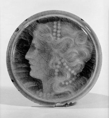 Providential Tile Works. <em>Tile</em>, 1895. Glazed earthenware, diameter: 4 3/8 in. (11.1 cm). Brooklyn Museum, Gift of Arthur W. Clement, 43.128.68 (Photo: Brooklyn Museum, 43.128.68_front_bw_SL1.jpg)