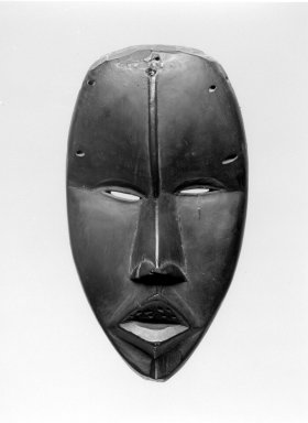 Dan. <em>Mask</em>, late 19th-early 20th century. Wood, 8 1/2 x 4 3/4 x 3 1/2 in. (21.6 x 12.1 x 8.9 cm). Brooklyn Museum, Gift of Arthur Wiesenberger, 43.177.7. Creative Commons-BY (Photo: Brooklyn Museum, 43.177.7_bw.jpg)