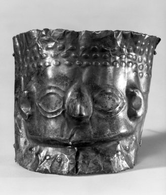 <em>Mask from a Mummy</em>. Gold, 3 3/4 x 5 1/8 in. (9.5 x 13 cm). Brooklyn Museum, Gift as a memorial to Dr. Harlow Brooks, 43.87.6. Creative Commons-BY (Photo: Brooklyn Museum, 43.87.6_bw.jpg)