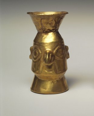 Chimú Inca. <em>Beaker</em>, 1400-1532. Gold, 3 13/16 x 1 7/8 x 1 7/8 in. (9.7 x 4.8 x 4.8 cm). Brooklyn Museum, Gift as a memorial to Dr. Harlow Brooks, 43.87.7. Creative Commons-BY (Photo: Brooklyn Museum, 43.87.7.jpg)