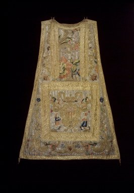 <em>Piece of Chasuble with arms of Mercedarian Order</em>. Textile; silk, metallic threads, 42 x 32in. (106.7 x 81.3cm). Brooklyn Museum, Gift of Francis F. Randolph, J. Ogden Bulkley, and David T. Bulkley, 44.61.1a. Creative Commons-BY (Photo: Brooklyn Museum, 44.61.1A.jpg)