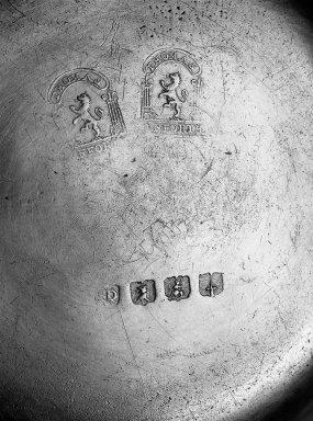 Thomas Danforth II. <em>Plate</em>, 1755-1782. Pewter, 9 1/8 in. (23.2 cm). Brooklyn Museum, Designated Purchase Fund, 45.10.106. Creative Commons-BY (Photo: Brooklyn Museum, 45.10.106_mark_acetate_bw.jpg)