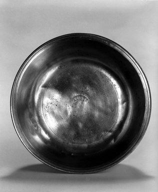 Nathaniel Austin. <em>Basin</em>, 1763-1807. Pewter, 2 x 8 1/8 x 8 1/8 in. (5.1 x 20.6 x 20.6 cm). Brooklyn Museum, Designated Purchase Fund, 45.10.15. Creative Commons-BY (Photo: Brooklyn Museum, 45.10.15_bw.jpg)