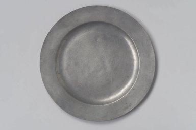 Cornelius Bradford. <em>Plate</em>, 1752-1785. Pewter, 1/2 x 9 7/8 x 9 7/8 in. (1.3 x 25.1 x 25.1 cm). Brooklyn Museum, Designated Purchase Fund, 45.10.164. Creative Commons-BY (Photo: Brooklyn Museum, 45.10.164.jpg)