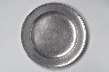 William J. Elsworth. <em>Dish</em>, 1767-1796. Pewter, 1 1/8 x 15 x 15 in. (2.9 x 38.1 x 38.1 cm). Brooklyn Museum, Designated Purchase Fund, 45.10.171. Creative Commons-BY (Photo: Brooklyn Museum, 45.10.171.jpg)