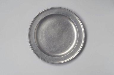 Richard Austin. <em>Dish</em>, 1793-1817. Pewter, 3/4 x 12 1/4 x 12 1/4 in. (1.9 x 31.1 x 31.1 cm). Brooklyn Museum, Designated Purchase Fund, 45.10.20. Creative Commons-BY (Photo: Brooklyn Museum, 45.10.20.jpg)
