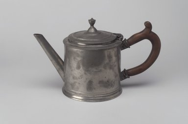 Possibly John Andrew Brunstrom. <em>Teapot</em>, 18th century. Pewter, 5 7/8 x 9 7/8 x 4 7/8 in. (14.9 x 25.1 x 12.4 cm). Brooklyn Museum, Designated Purchase Fund, 45.10.209. Creative Commons-BY (Photo: Brooklyn Museum, 45.10.209.jpg)