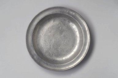Samuel Pierce. <em>Deep Dish</em>, 1792-1830. Pewter, 1 3/4 x 13 1/4 x 13 1/4 in. (4.4 x 33.7 x 33.7 cm). Brooklyn Museum, Designated Purchase Fund, 45.10.30. Creative Commons-BY (Photo: Brooklyn Museum, 45.10.30.jpg)