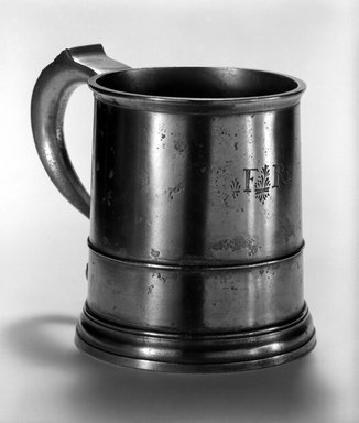 Benjamin Day. <em>Lidless Tankard</em>, 1744-1757. Pewter, 5 5/8 x 7 3/8 x 5 in. (14.3 x 18.7 x 12.7 cm). Brooklyn Museum, Designated Purchase Fund, 45.10.41. Creative Commons-BY (Photo: Brooklyn Museum, 45.10.41_bw.jpg)