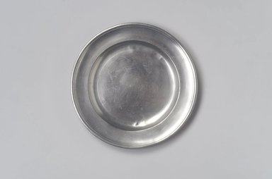 Ashbil Griswold. <em>Plate</em>, ca. 1820-1830. Pewter, 5/8 x 7 7/8 x 7 7/8 in. (1.6 x 20 x 20 cm). Brooklyn Museum, Designated Purchase Fund, 45.10.56. Creative Commons-BY (Photo: Brooklyn Museum, 45.10.56.jpg)