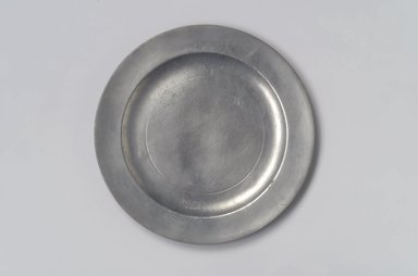 Nathaniel Austin. <em>Plate</em>, 1763-1807. Pewter, 1/2 x 8 7/8 x 8 7/8 in. (1.3 x 22.5 x 22.5 cm). Brooklyn Museum, Designated Purchase Fund, 45.10.7. Creative Commons-BY (Photo: Brooklyn Museum, 45.10.7.jpg)