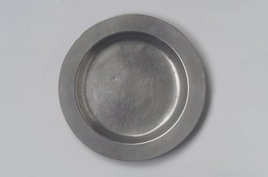 Joseph Danforth. <em>Deep Plate</em>, 1780-1788. Pewter, 3/4 x 9 1/4 x 9 1/4 in. (1.9 x 23.5 x 23.5 cm). Brooklyn Museum, Designated Purchase Fund, 45.10.75. Creative Commons-BY (Photo: Brooklyn Museum, 45.10.75.jpg)